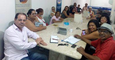 Cozinheiras   Servidoras se reúnem na sede do Sindicato para debater interesses